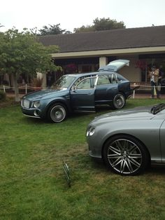 #Bentley #SUV Cool Supercars, Bentley Suv, Mercedes Benz Suv, Porsche Carrera Gt, Luxury Suv, Future Car, Car Car, Rolls Royce, Exotic Cars