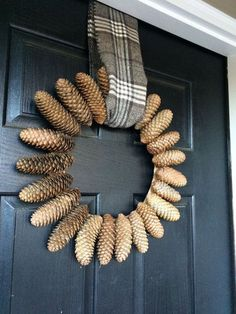 free wreath for the holidays , crafts, wreaths
