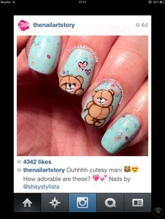 Teddy bear nail art