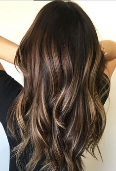 Long Wavy Ash-Brown Balayage - 20 Light Brown Hair Color Ideas for Your New Look - The Trending Hairstyle Hair Color Highlights, Hair Color Balayage, Ombre Hair, Blonde Balayage, Balayage Dark Brown Hair, Highlights Dark Brown Hair, Bayalage Brunette, Balayage Hairstyle, Hair Colour