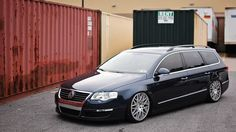 Navy blue Passat b6 Rotiform