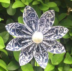 Amazing 8 petal origami flower!