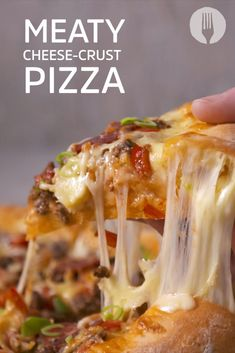 This is the CHEESIEST pizza you will ever have 😀😱🧀😍👇 Cheese Crust Pizza, Pizza You, Dinners, Meals, Pizza Recipes, Kos, I Foods, Foodies, Cabbage