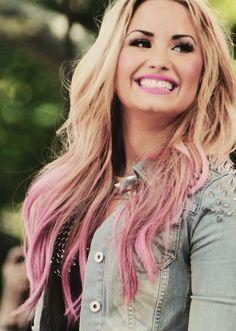 Cotton Candy Hair Demi Lovato