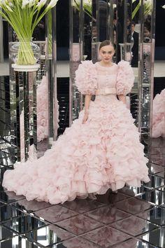 Les plus belles robes de mariée de la haute couture printemps-été 2017 1
