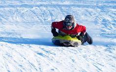 Dagali Fjellpark er et av få steder i Norge som tilbyr airboard, en luftmadrass til bruk på snø. Airboardet styres ved hjelp av kroppsvekten. Man tar heisen til topps og kjører alpinbakkene ned. Mount Everest, Mountains, Nature, Travel, Summer, Naturaleza, Viajes, Destinations, Traveling