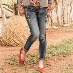 """MARILYN FLOWERED JEANS BY DRIFTWOOD -- Driftwood Jeans always please, in this case, with slim fit, skinny leg jeans style, a smattering of flowers and subtle whiskering. Cotton/elastane. Machine wash. Imported. Sizes 26 to 32. 29"""" inseam."""