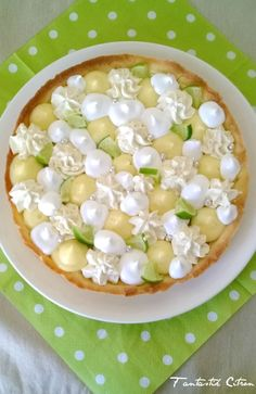 Tarte Fantastik 100% citron - ChezOumHasnA Raw Food Recipes, Sweet Recipes, Dessert Recipes, Cooking Recipes, Desserts With Biscuits, Gourmet Breakfast, French Desserts, Weird Food, Morning Food