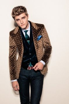 Love the whole look but the blazer is fierce