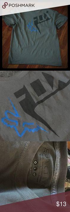 Men's sz L FOX graphic shirt Like new - worn a couple times only Fox Shirts Tees - Short Sleeve
