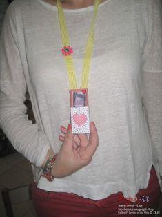 Photo by article : Ιδέες για την γιορτή της μητέρας ( δωράκια) by www.popi it.gr,  tags : μητέρα μενταγιόν μανούλα μάνα μαμά καρφίτσα καρδιά ιδέες δώρο δώρα δημιουργίες γιορτή μητέρας γιορτή βιβλίο vivlio mothers mothers day Mother mitera manoula mana mama day crafts book