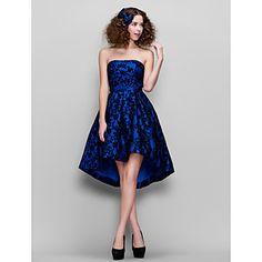 una línea de vestidos de cóctel de encaje asimétrico sin tirantes (2067602) – MXN $ 1,911.44