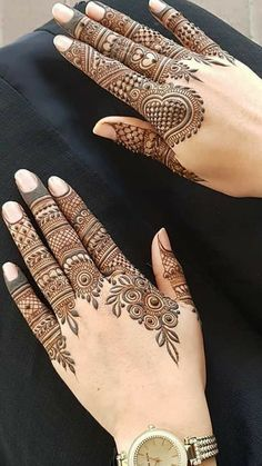 Mehndi Designs Finger, Henna Tattoo Designs Simple, Floral Henna Designs, Indian Henna Designs, Mehndi Designs Book, Back Hand Mehndi Designs, Mehndi Designs For Girls, Mehndi Designs For Beginners, Modern Mehndi Designs