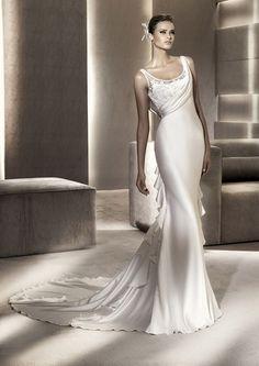 Pronovias http://www.matrimonio.it/collezioni/abiti_da_sposa/pronovias_2012/853/66__zoom?v=0