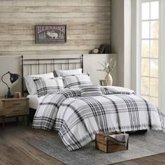Create a cozy look in your master suite with this Woolrich comforter set. Rustic Comforter Sets, Plaid Comforter, Twin Xl Comforter, Queen Comforter Sets, Bedding Sets, Bedroom Decor, Bedroom Ideas, Lodge Bedroom, Master Bedroom