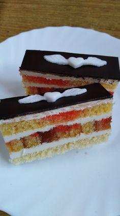 Sanquickove rezy... Czech Recipes, Vanilla Cake, Desserts, Food, Tailgate Desserts, Deserts, Essen, Postres, Meals