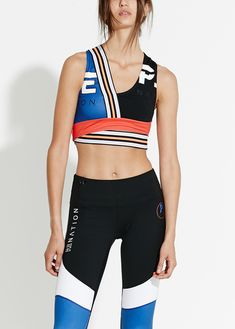 Browse the range of women's activewear tops and gym tops at P. Sport Style, Sport Fashion, Fitness Fashion, Fashion Fashion, Style Sportif, Running Wear, Sports Luxe, Moda Fitness, Workout Wear