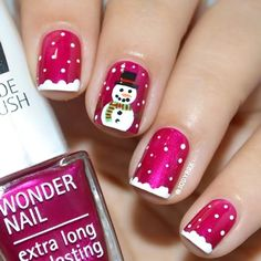 Red nails with a snowman fancy nails, classy nails, trendy nails, christmas Holiday Nail Art, Christmas Nail Art Designs, Winter Nail Art, Winter Nail Designs, Diy Christmas Nails Easy, Xmas Nail Art, Christmas Decorations, Holiday Mood, Snowflake Designs