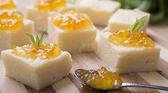 ΥΛΙΚΑ 250 γρ.σιμιγδάλι ψιλό 1000 mlφρέσκο γάλα 100 γρ.ζάχαρη 30 γρ.βούτυρο αγελαδινό 1πορτοκάλι (Ξύσμα) Μαρμελάδα Πορτοκάλι Λίγα φύλλα φρέσκου δυόσμου ΕΚΤΕΛΕΣΗ Σε μία μεσαία κατσαρόλα, βάζουμε το γάλα Halva Recipe, Greek Sweets, Greek Cooking, Something Sweet, Greek Recipes, Food To Make, Sweet Tooth, Deserts, Food And Drink