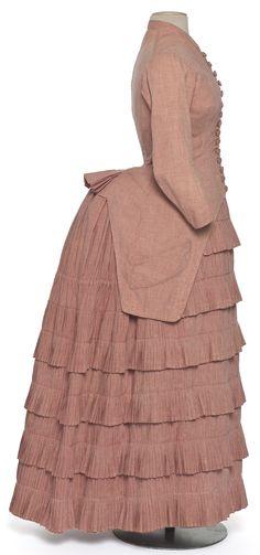 Les Arts Décoratifs - Site officiel - Diaporama - Robe en deux parties réalisée pour Madame Hadenge à l'occasion de son voyage de noce, Fran...