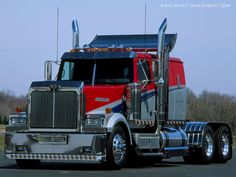 1000 images about cool trucks on pinterest peterbilt for Camion americain interieur