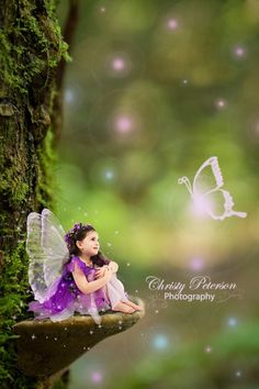 Free Photoshop tutorials on how to edit fairy composites, wings, overlays and digital backgrounds Fairy Photography, Photoshop Photography, Background For Photography, Children Photography, Popular Photography, Photography Poses, Wedding Photography, Funcionalidades Do Photoshop, Photoshop Tutorial