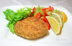 Karbonátky z červenej šošovice Veggie Recipes, Healthy Recipes, Salmon Burgers, Bon Appetit, Vegan Vegetarian, Baked Potato, Quinoa, Food And Drink, Lunch