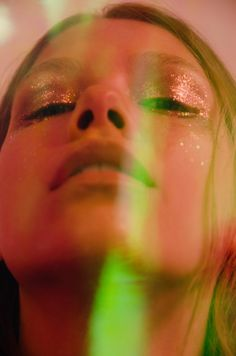 I am obsessed with glitter and this editorial with a subtle all-over glitter shadow is the perfect way to do it in a stripped back way.