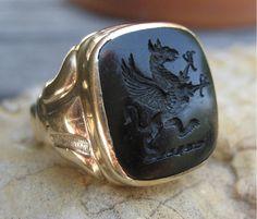 Regal & Mystical Antique Gryphon Onyx Intaglio Ring 14k
