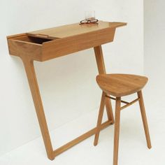 Make It Work: 10 Desks for Small Spaces