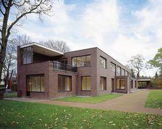 Mies van der Rohe / Museum Haus Lange / Haus Esters, Krefeld