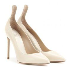 VB's Favourite Shoes Now Available Online   sheerluxe.com#.VSPKjWdFB9A#.VSPKjWdFB9A
