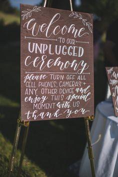 unplugged ceremony sign @weddingchicks