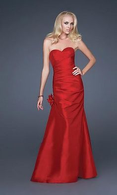 red & long dress . Love the top :)