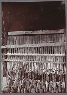 Old loom. Nat[ional] Museum, Reykjavík. | Flickr - Photo Sharing - raddle at the top, not sure what the other board above the heddle rod is.