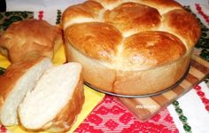 Home-made bread with kefir / Chief-Cooker Kefir Recipes, Bread Recipes, Cinnabon, Romanian Food, Just Bake, Bread Baking, Hot Dog Buns, Good Food, Food And Drink