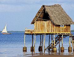 Lamu Island, Indian Ocean Coast, Kenya World Wallpaper Collection Air Ticket Booking, Air Tickets, Romantic Vacations, Dream Vacations, Imagenes Hd 4k, Kenya Africa, South Africa, Best Honeymoon, Honeymoon Ideas