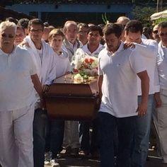 Corpo de médium é enterrado no Centro Espírita