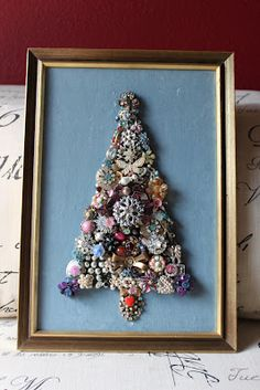 Christmas tree from vintage jewelry