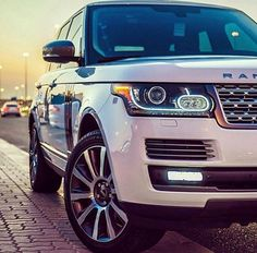 Discover more about suv comparison. Check the webpage for more info This is must see web content. Landrover Range Rover, Range Rover Car, Range Rovers, Audi, Bmw, Best Large Suv, My Dream Car, Dream Cars, 2019 Ford Explorer