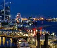 #Hamburg #Hafen #Landungsbrücken