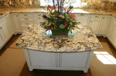 Delicatus granite is quarried from a bedrock quarry in Brazil. Delicatus is such a tricky color of granite. Kitchen Slab, Modern Kitchen Island, Granite Kitchen, Kitchen Flooring, Kitchen Countertops, Kitchen Backsplash, Kitchen Cabinets, Delicatus White Granite, White Granite Countertops