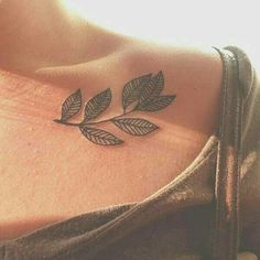 love this tattoo. Could definitely have it or something similar on my left side of my torso.