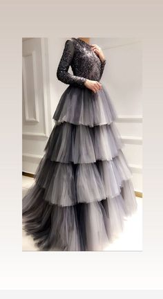 Related posts:Artistic short pink nailsJust a real lady!Best dress for today