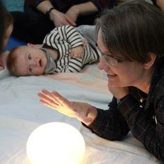 Gebärden statt Geschrei: Mit Babyzeichensprache das Kind besser verstehen. Zu Besuch in einem Babygebärden-Kurs #Gebärden #Babyzeichensprache #Babysignal