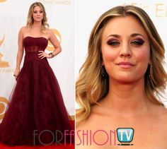 #KaleyCuoco BANGS BIG On The #RedCarpet @ #EmmyAwards 2013