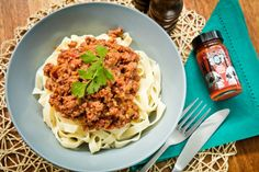 Pepper Puree Bolognese Sauce ~ We've made this Bolognese recipe from scratch, so it's not as fast as pouring it out of a jar.