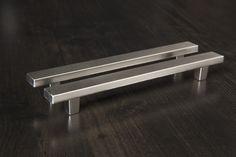 Handlit Metal Bar Pull Handles, 10-Pack
