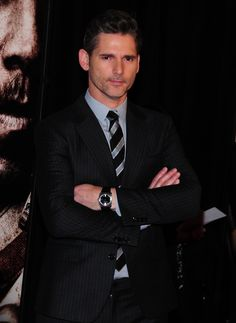 Cele|bitchy | Eric Bana, 45, owned the red carpet for 'Lone Survivor': would you hit it?