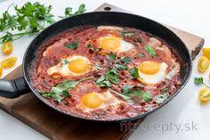 Fitness raňajky s vysokým obsahom bielkovín Good Food, Food And Drink, Low Carb, Cooking Recipes, Keto, Vegan, Ethnic Recipes, Kitchens, Chef Recipes